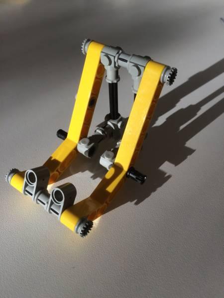 Foto Smartphone Halter aus LEGO 1
