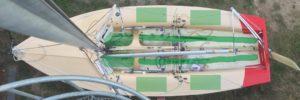 470er Bootsplan Stringer und Seitentanks laminieren